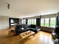 Ruim appartement 4 slaapkamers, zonneterras en garage