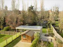 Bel-etage 5 slaapkamers & garage plus grote tuin te Oostende